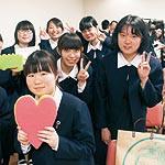 スポンジの新商品企画 和歌山信愛高新2年 答えない課題へ挑戦