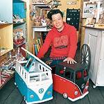 手作りコンテストtetote メイキングカーがグランプリ 木工作家の山本潤さん