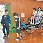 思いやりの心で人力車引こう 女性車夫が和佐小生指導