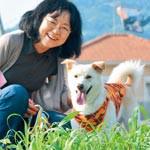 ボランティア犬 もか吉の成長 一冊に ジャーナリスト 江川紹子さん 4年間の軌跡追う