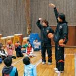 地域密着へキャラバン 和歌山トライアンズ 2ヵ月で20小学校訪問