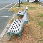 よくする法案 〜 街の中心に芝がある複合施設を