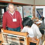 古民家に手織り体験施設 グリーンライフシニアが教室