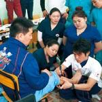 柔道整復術をモンゴルへ 国際派遣事業参加の阪上さん 指導経験報告会