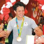 田中佑典先輩おめでとう 紀伊小 金メダルお祝い会