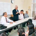 空襲に「神様助けて…」 ほえーる団員4人  川永小で戦争体験談