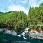 自然が生み出す渓流瀑〜戸矢倉谷の滝 (古座川町)