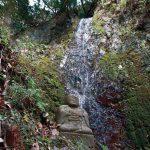 滝物語⑳ 杖一突き 湧き出た水〜三石山不動滝(橋本市)