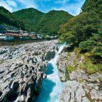 滝物語㉜ 刀で掘った無数の穴壺〜滝の拝(古座川町)
