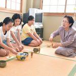 中野上小学校 茶から学ぶ一期一会