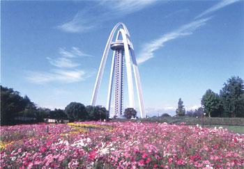 前田昌彦写真展「いろいろあっタワー、ここにもあっ塔」