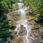 滝物語57 断崖に伝わる空海伝説〜分領の滝(田辺市鮎川)