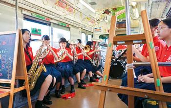 JR和歌山線アートトレイン